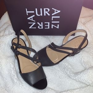 Naturalizer Black GiGi Leather Sandals